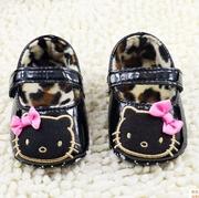 รองเท้า pre-walker คิตตี้ สีดำ ขนาด 11-12-13 cm. > 12 cm.