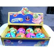 ลูกบอลเปลี่ยนสี เวลาโยนขึ้นแล้วจะเปลี่ยนเป็นอีกสีหนึ่ง ทำจากพลาสติก ไม่เป็นอันตราย Switch Pitch Throwing Ball with Color Flipping Action BOX of 12 Magi color balls