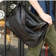 ขายปลีก-ส่ง 2014 คนยึดกระเป๋าสีดำ PU กระเป๋า messenger ชายสาเหตุนักเรียนโรงเรียนกระเป๋า กระเป๋ากระเป๋าถือ,ผู้หญิง แฟชั่น สไตล์ใหม่ ราคาถูก,(ราคาหน้าเว