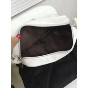 กระเป๋าสะพายหน้าหมี