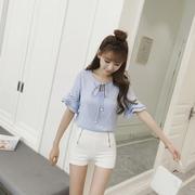 เสื้อแฟชั่นเกาหลี แต่งผูกโบว์ที่คอ แขน 2 ส่วน แต่งระบาย+บุลายที่แขน
