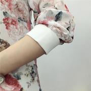 เสื้อคลุม คาดิแกน ผ้าชีฟองพริ้วๆ ลายดอกไม้ ตามภาพมี 2 สี ขาว ดำ