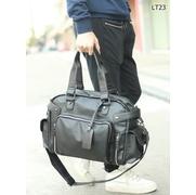 LT23 กระเป๋าสะพายข้าง หนัง PU สีดำ