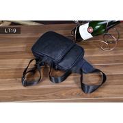 LT19 กระเป๋าสะพายไหล่ หนัง PU สีดำ