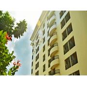 โรงแรม เอ็นอาร์ชี เรสชิเด้นท NRC Residence Suvarnabhumi