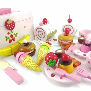 Strawberry Sweetheart party set (attached wooden toy storage box)