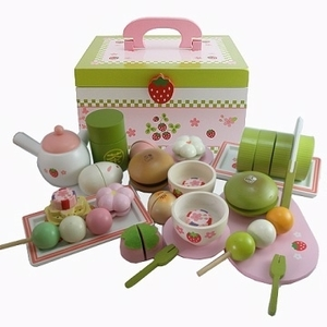 Super cute Kaiseki portable wooden tea set (wooden toy cake & snack set)