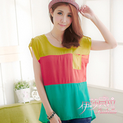(isabella)[Isabella] A118 hit color stitching T-shirt decorated with a pocket (Beyond Blue)
