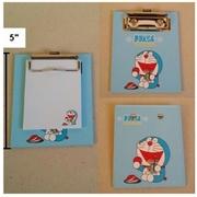 แฟ้มหนีบกระดาษโน๊ต ขนาดเล็ก พร้อมกระดาษ ลาย โดราเอม่อน Doraemon ขนาด 4x5นิ้ว