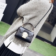 [TAITRA] 【Abigail】 Europe And American Embossed Lock Small Square Bag 6120 (Black Small Bag)