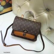 กระเป๋า LV. 10 นิ้วเกรดHiend > กระเป๋า LV. 10 นิ้วเกรดHiendสีดำ