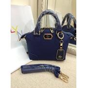 กระเป๋า LYN สีน้ำเงิน