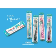 Aquafresh  and Toothpaste  My Big Teeth Toothbrushes  6Y+ แปรงสีฟัน และ ยาสีฟัน สำหรับเด็ก 6 ขวบขึ้นไป > สีเขียว-น้ำเงิน