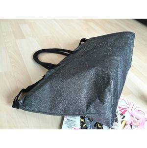 กระเป๋า VICTORIA'S SECRET CANVAS GLITTER LARGE RUNWAY TRAVEL BAG กระเป๋าสะพายใบใหญ่