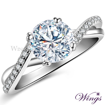 (WINGS)Wings Behind the Top Flying Heart Topaz Hearts and Arrows Crystalline Zirconia Diamond Ring