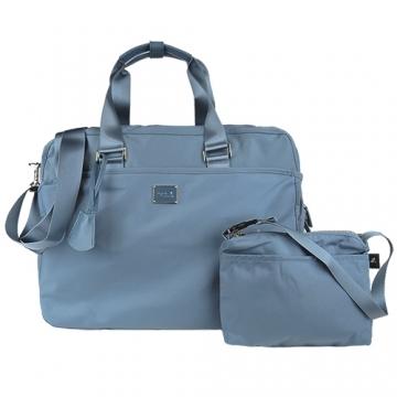 (agnes b)Agnes b. Parallel bars metal LOGO nylon travel bag (large / fog blue)