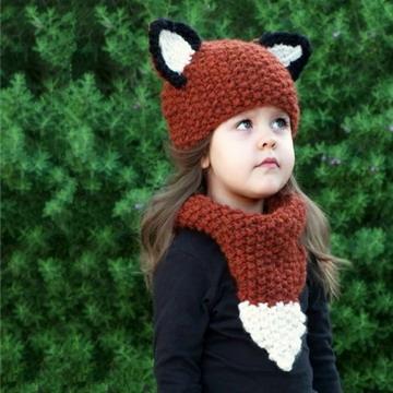 หมวกไหมพรมถักสำหรับเด็ก พร้อมผ้าพันคอทรงหูกระรอก