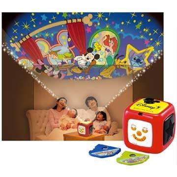TAKARA TOMY Disney Toddler - โรงภาพยนตร์ดิสนีย์สำหรับครอบครัว