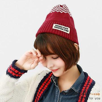 A-Surpriz หมวกขนสัตว์แบบเรียบง่าย (สีไวน์แดง)