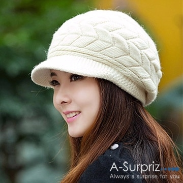 A-Surpriz beret ทอผ้าขนสัตว์ผู้หญิง (เมตรอารมณ์)