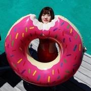 Pika ชุดว่ายน้ำ [ขายร้อนฤดูร้อนสุด] ยุโรปและสหรัฐอเมริกาขายหวานกัด a โดนัทแหวนว่ายน้ำห่วงชูชีพลอยเตียง M067