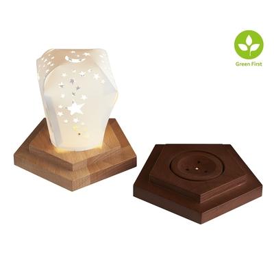 ไม้เนื้อแข็ง LED ผู้ถือโคมไฟรูปห้าเหลี่ยมพร้อมโคมไฟการสร้างแบบจำลองสกายไลท์พื้นผิวของวัสดุที่สามารถวาดบนสี!