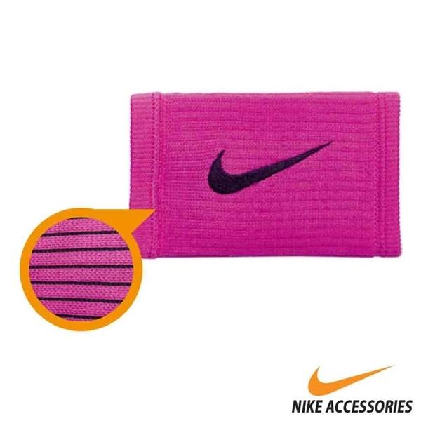 NIKE REVEAL elongated wristband (pink / black hook)