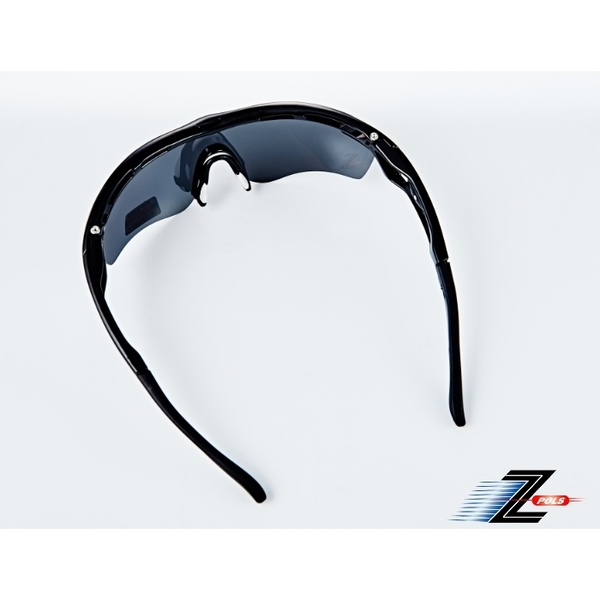 [Depending on the tripod Z-POLS Titans Feng Chi] a new generation of models TR handsome black space equipped with fiber material 100% Polarized sport's top one-piece polarized glasses! New Listing