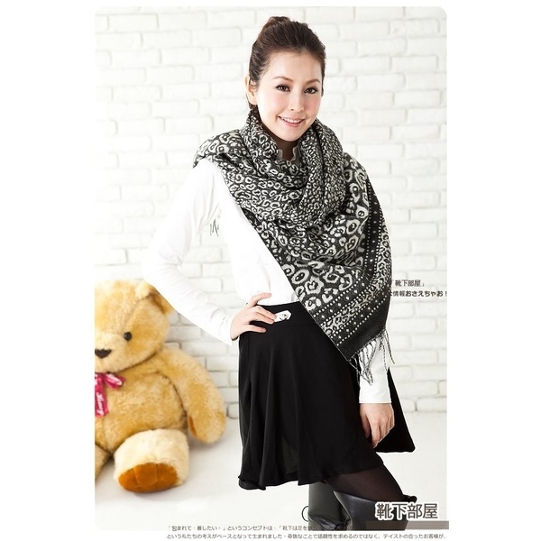 [Boots] Florence under Heya clouds woven flowers ˙ to increase the version shawl scarf - Black