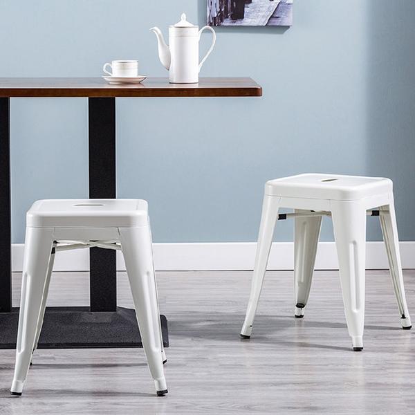 E-บ้าน Una Una ลมบาร์อุตสาหกรรมโลหะวางซ้อนกันได้เก้าอี้ - สีขาวสูง 45cm-