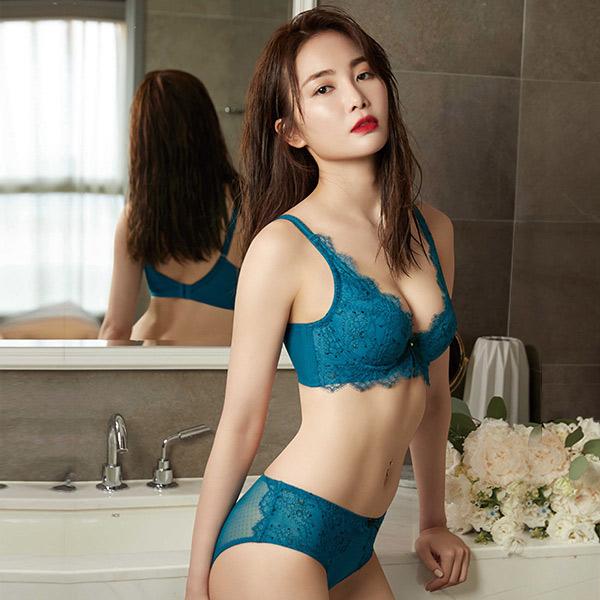 Mandima V V-Line Underwear BE Cup (Phantom Blue)