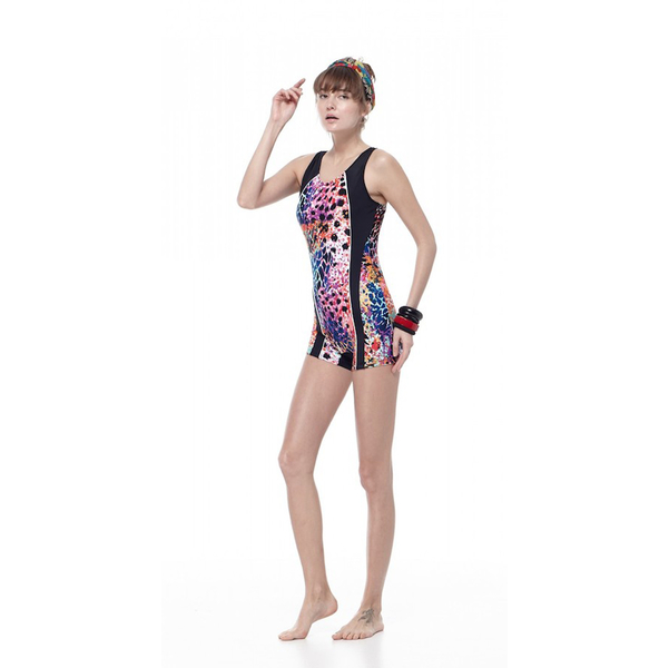 เอ็มไอทีขนาดใหญ่มุมชุดว่ายน้ำหญิงชิ้นเดียว