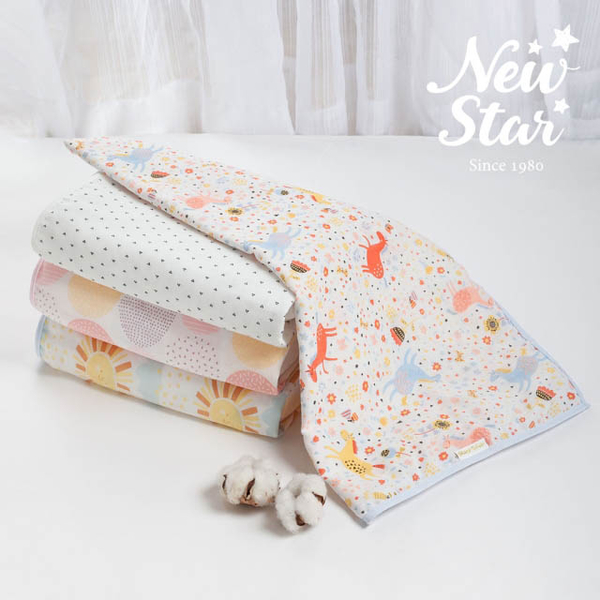 (New Star)Newstar 100% skin-friendly cotton gauze [double-layer yarn] newborn l baby is l baby carriage sunshade l blanket l bath towel