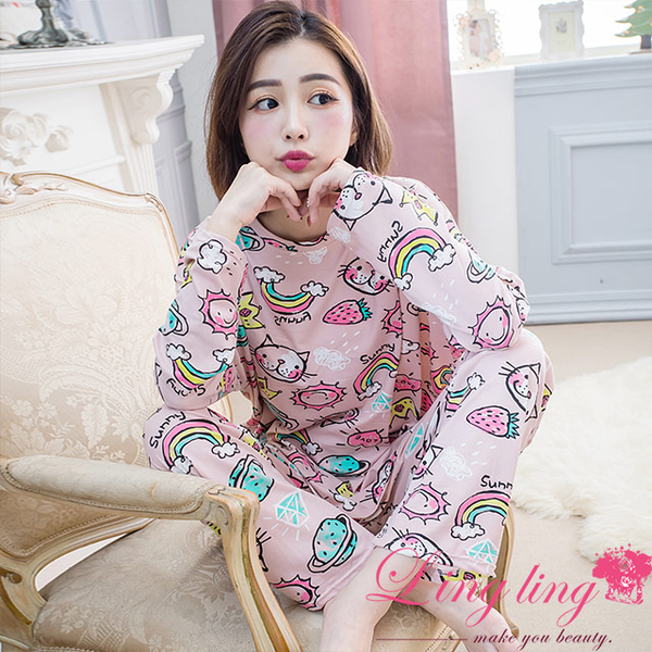 Lingling A4248 full size-Tianmaxing empty full version of the English word cat graffiti milk silk long-sleeved pajamas + trousers (two-piece pajama se