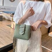 [Abigail] รูปแบบที่มีสีสันกว้างตรวจสอบกระเป๋า 6107 (สีเขียว)