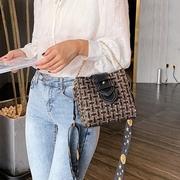 [Abigail] รูปแบบที่มีสีสันกว้างตรวจสอบกระเป๋า 6107 (สีดำ)