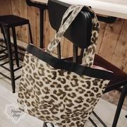 Huahua Club- ภาคผนวก. กระเป๋าเป้สะพายข้างกันน้ำลายเสือดาวญี่ปุ่นเบ็ดเตล็ด Sweet Royal Sister Series 【 H6765 】
