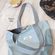 Huahua Club-Outflow. กระเป๋าผ้าแคนวาสศิลปะเกาหลีสองด้านหมึกป่าใบสีฟ้าถุงถังสีเขียวสีชมพูมี 3 แบบ [H6791]