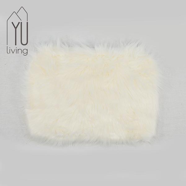 造型毛毛居家背景裝飾墊-白