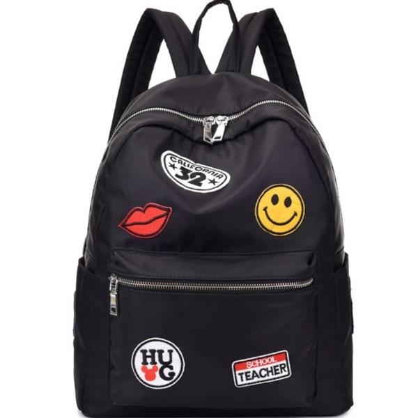 Korean version of the new nylon smiley lip badge travel bag school bag