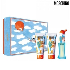 MOSCHINO Love Love Limited เซตของขวัญ (Eau De Toilette 50มล. + Body Wash 100มล. + Body Lotion 100มล.)