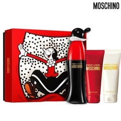 Moschino Cheap And Chic EDT Olivia Limited เซตของขวัญ (Eau De Toilette 50มล. + Body Wash 100มล. + Body Lotion 100มล.)