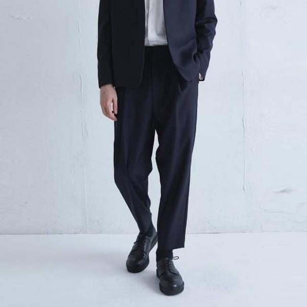 [Lui's] 前打褶直筒西裝褲