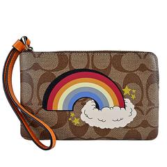 COACH กระเป๋าคลัทช์ซิป PVC ลายเมฆสายรุ้ง (สีกากีน้ำตาล)