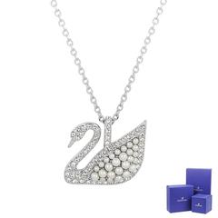 SWAROVSKI Iconic Swan Crystal Pearl สร้อยคอเงินรูปหงส์