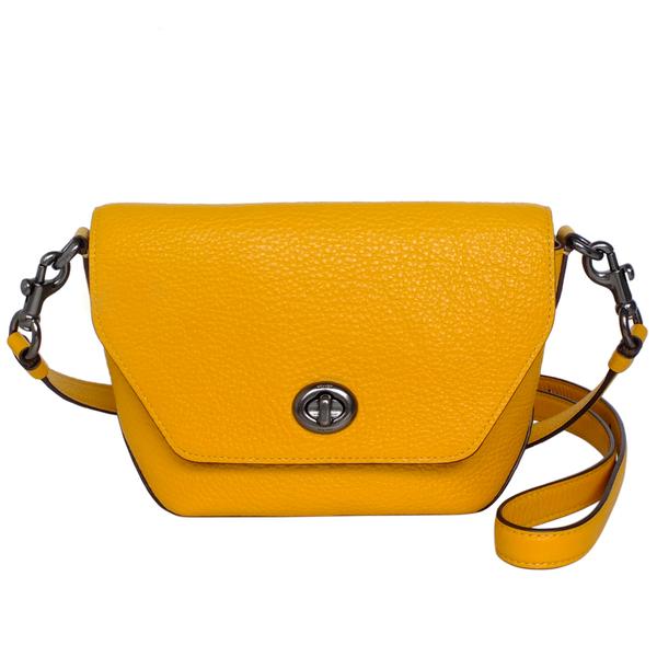 COACH ลายลิ้นจี่ Full Leather Turn-lock Flip Small Cross-Back Dumpling Bun (Goose Yellow)